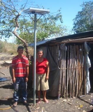 Melania Gonzalez and Jose Noel Perez go solar