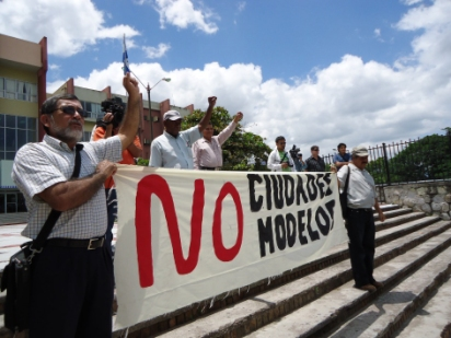 Honduras Charter City Protests