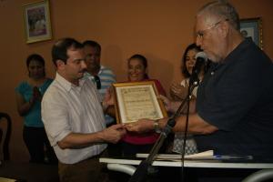 Fernando González, left, meets with Masaya Mayor Orlando Noguera Photo: Xochilt Calero Alvarez